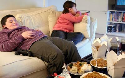 Obesità infantile: è allarme sanitario! Una corretta alimentazione può aiutare
