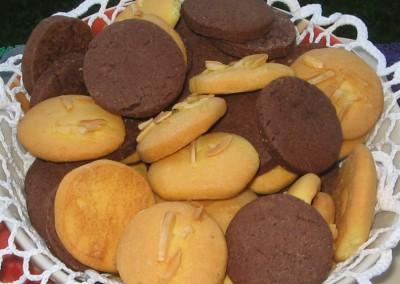 biscotti-alle-mandorle-e-al-caco