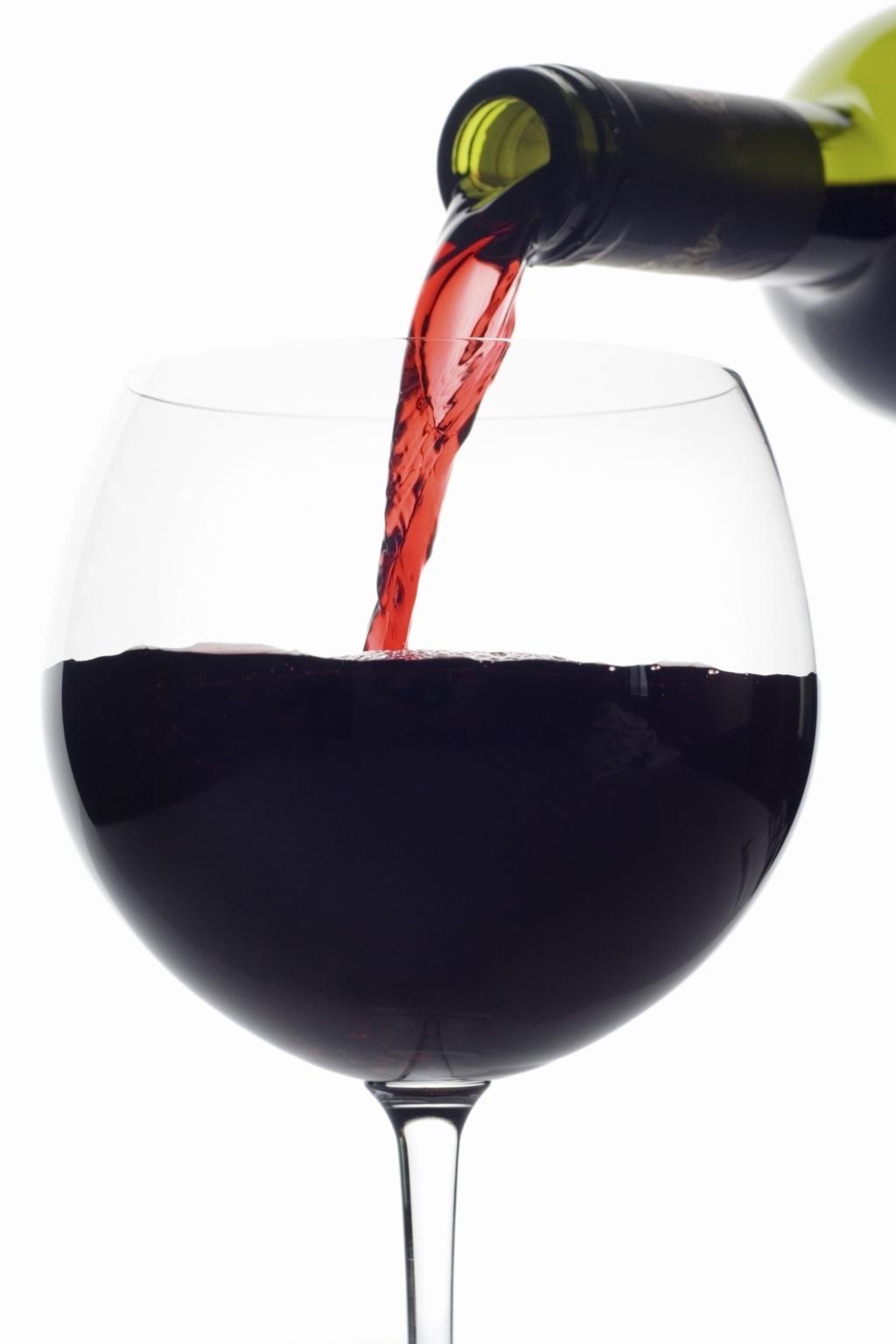 vino-rosso-bicchiere